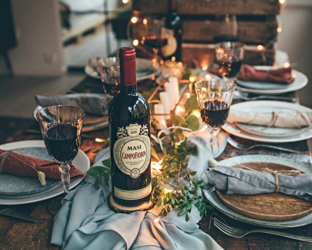 6 x viini joulupöytään