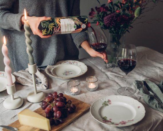 viini kartonkitölkissä